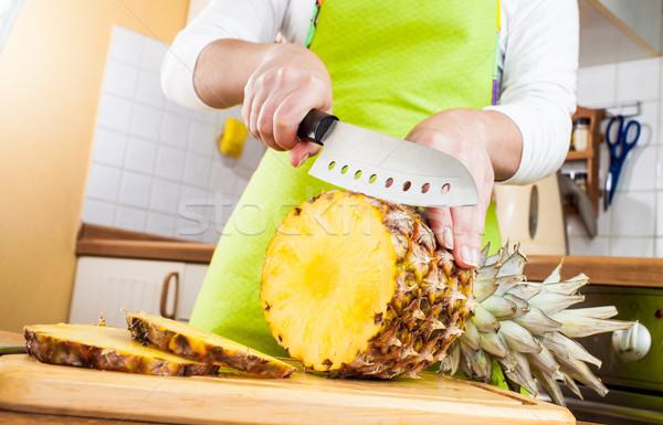 Foto stock: Manos · pina · frescos · cocina · frutas