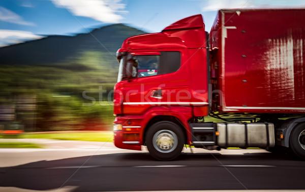 Сток-фото: топлива · грузовика · вниз · шоссе · Альпы · автомобилей