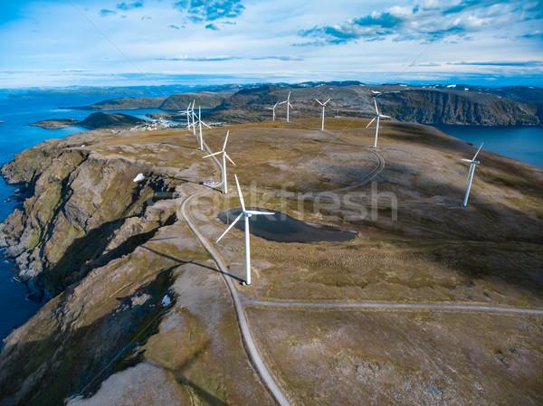 Elektryczne moc produkcji Norwegia dziedzinie Zdjęcia stock © cookelma