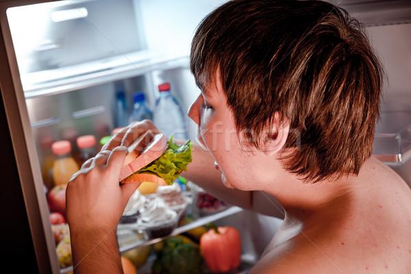 Faminto homem sanduíche mãos em pé Foto stock © cookelma
