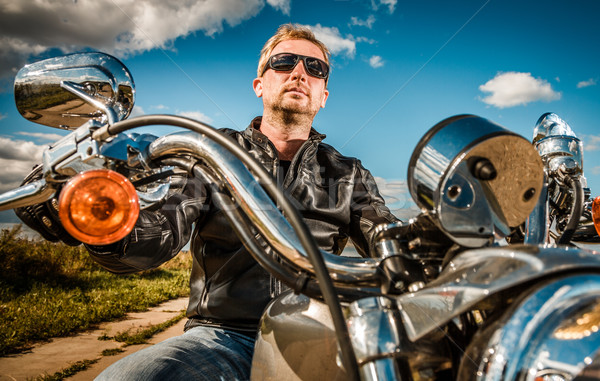 Motocicleta óculos de sol jaqueta de couro homens bicicleta Foto stock © cookelma