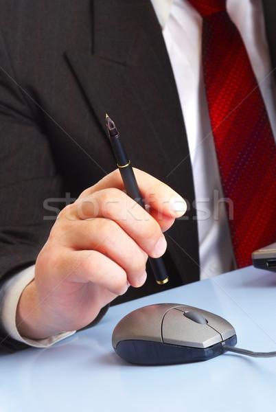 Biznesmen strony pióro ceny piśmie korporacyjnych Zdjęcia stock © cookelma