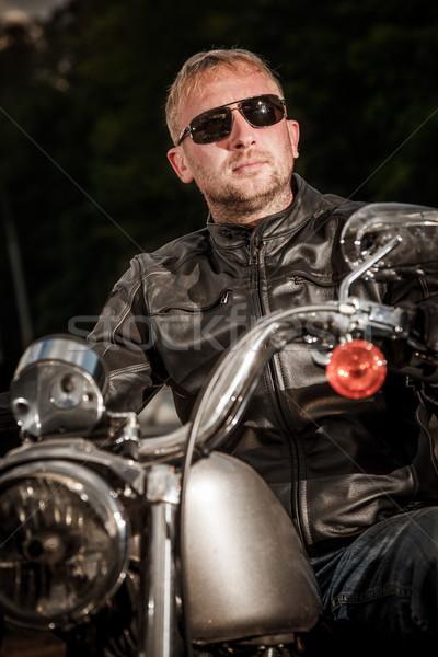 Gafas de sol chaqueta de cuero motocicleta moda hombres Foto stock © cookelma