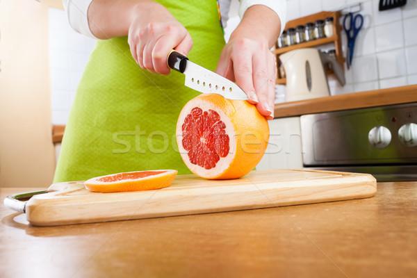 Kezek vág grapefruit friss konyha nők Stock fotó © cookelma