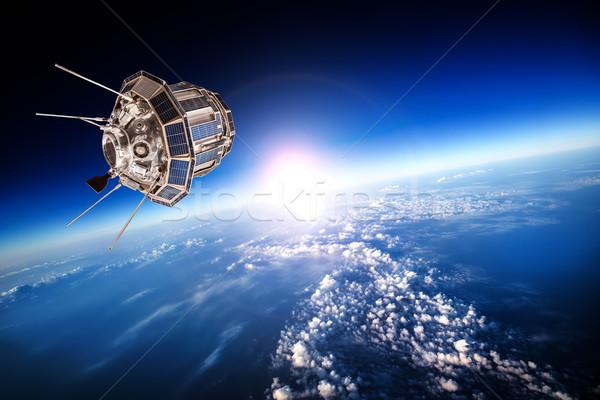 пространстве спутниковой планете Земля облака Мир технологий Сток-фото © cookelma