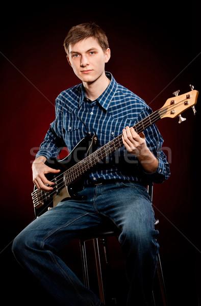Man gitaar donkere Rood mannen rock Stockfoto © cookelma