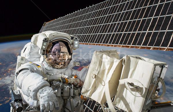 Stockfoto: Internationale · ruimte · station · astronaut · de · kosmische · ruimte · aarde