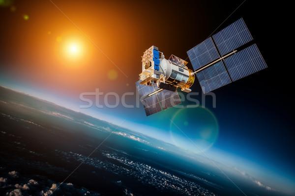 Espace satellite planète terre terre star soleil Photo stock © cookelma