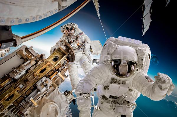 Internationale ruimte station astronaut de kosmische ruimte aarde Stockfoto © cookelma