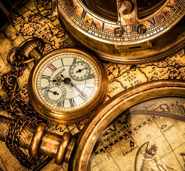 Antiguos reloj de bolsillo vintage naturaleza muerta tiempo cadena Foto stock © cookelma
