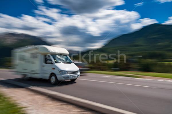 Foto stock: Família · férias · viajar · férias · trio · caravana