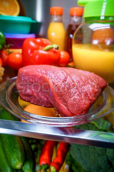 Fresche greggio carne shelf open frigorifero Foto d'archivio © cookelma