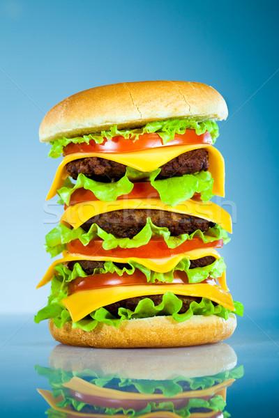 Saboroso apetitoso hambúrguer azul bar queijo Foto stock © cookelma