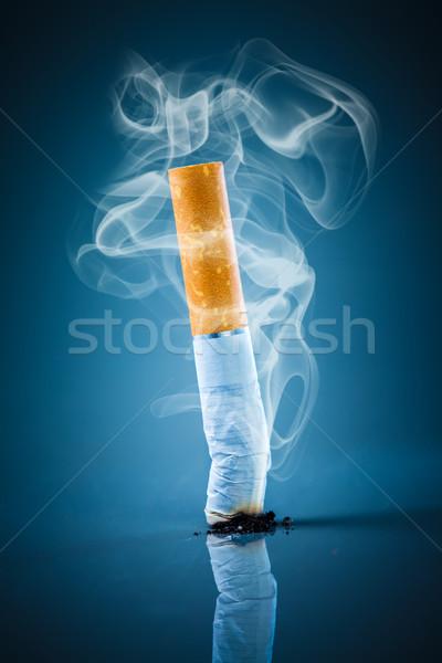 Cigarro bumbum azul fumar fumador Foto stock © cookelma