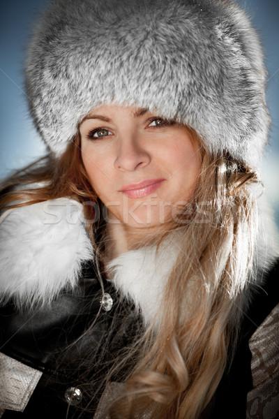 Portret meisje winter mooi meisje gezicht schoonheid Stockfoto © cookelma