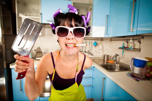 Stockfoto: Gek · huisvrouw · interieur · keuken · vrouw · vrouwen