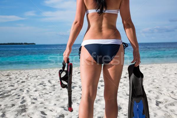 Dziewczyna snorkeling narzędzi bikini plaży Malediwy Zdjęcia stock © cookelma