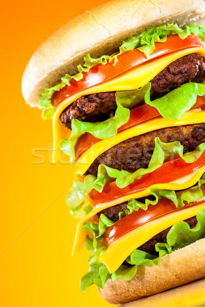 Lezzetli iştah açıcı hamburger sarı bar peynir Stok fotoğraf © cookelma