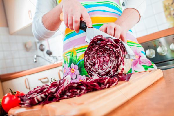 Stockfoto: Handen · Rood · kool · achter · verse · groenten
