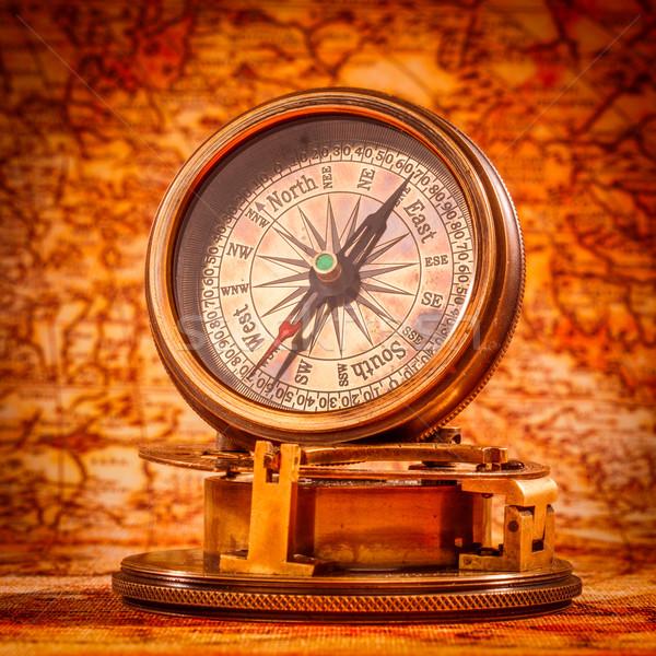 Foto stock: Vintage · bússola · mentiras · antigo · mapa · do · mundo · natureza · morta
