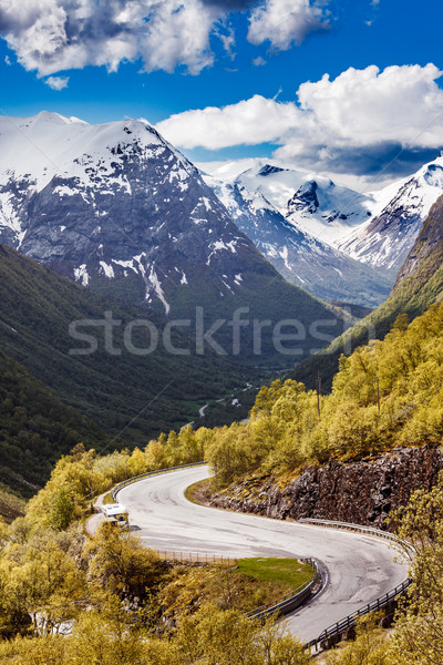 Drogowego Norwegia górskich charakter krajobraz samochody Zdjęcia stock © cookelma