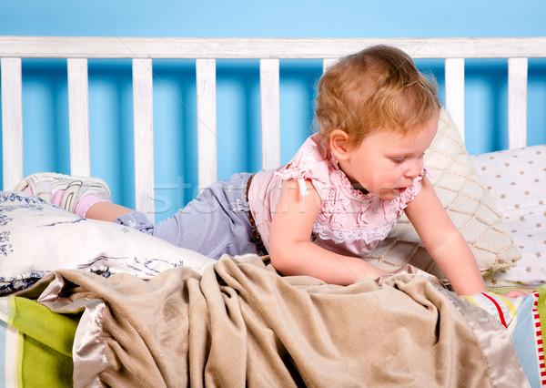 Cuna bebé jugando cama cara amor Foto stock © cookelma