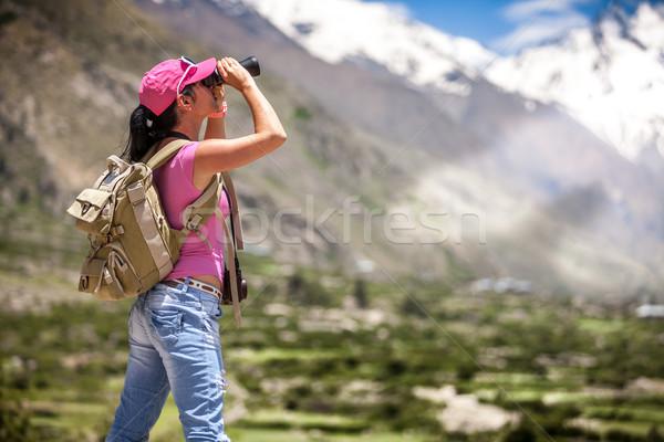 Vrouw reiziger weg sport natuur Stockfoto © cookelma