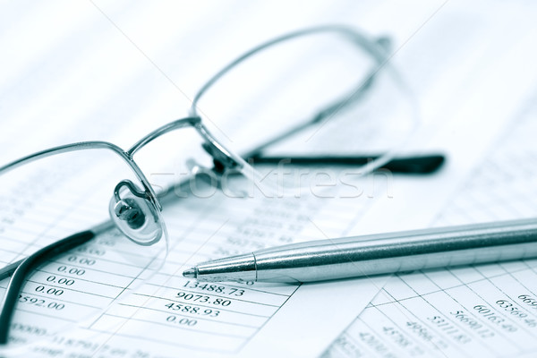 Spectacles And Pen Stock photo © cosma