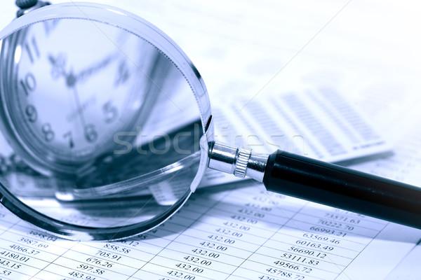 Az idő pénz üzlet nagyító zsebóra papír számjegyek Stock fotó © cosma