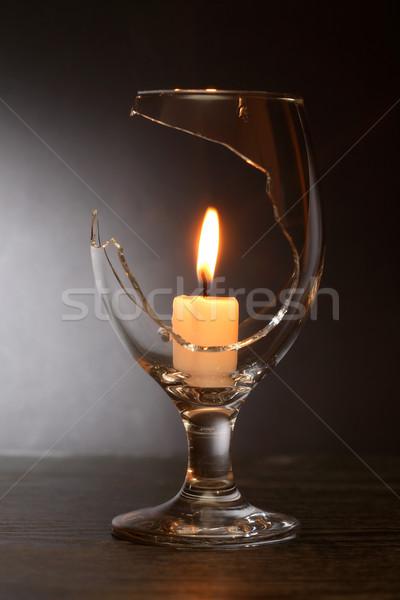 Fogo vidro iluminação vela dentro quebrado Foto stock © cosma