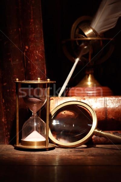 ヴィンテージ 静物 虫眼鏡 砂時計 古本 図書 ストックフォト © cosma