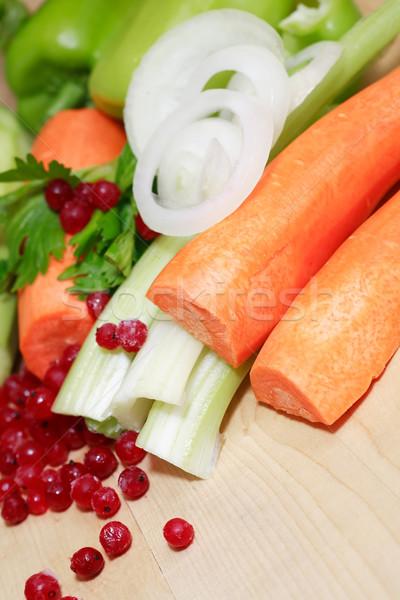 Saláta főzés szett különböző nyers zöldségek Stock fotó © cosma