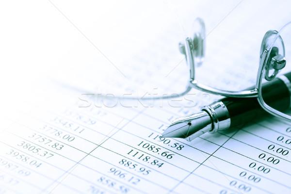 Pen occhiali finanziaria primo piano carta foglio Foto d'archivio © cosma