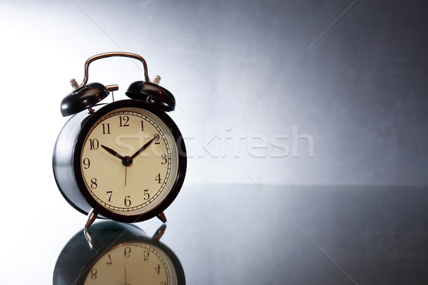 ébresztőóra sötét fekete háttér klasszikus harang Stock fotó © cosma