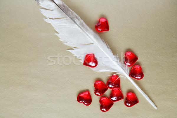 Foto d'archivio: Confessione · amore · pen · rosso · cuori · carta