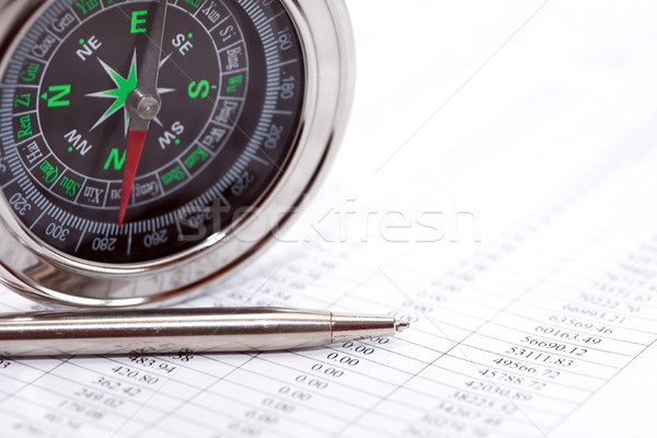 Iránytű toll üzlet irányítás közelkép papír Stock fotó © cosma