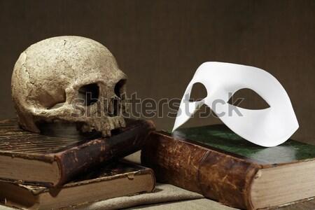 Czaszki książek śmierci martwa natura ludzi starych Zdjęcia stock © cosma