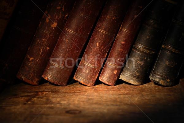 Stock fotó: öreg · könyvek · boglya · csetepaté · fából · készült · felület