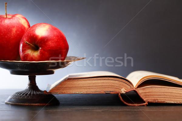 Régi könyv almák csendélet nyitva piros klasszikus Stock fotó © cosma