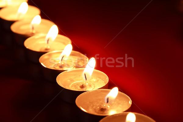 Foto stock: Iluminação · velas · conjunto · escuro · vermelho