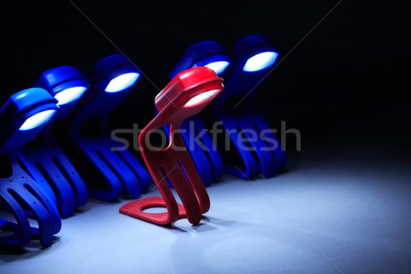 Leiderschap een Rood lamp weinig Blauw Stockfoto © cosma
