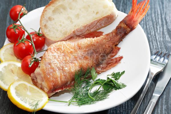 Frito mar baixo cozinha mediterrânea prato peixe Foto stock © cosma