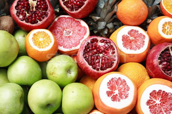 Gyümölcsök szeletel narancsok egyéb alma gyümölcs Stock fotó © cosma