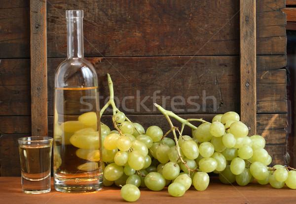Olasz vodka üveg tele szőlő bor Stock fotó © cosma