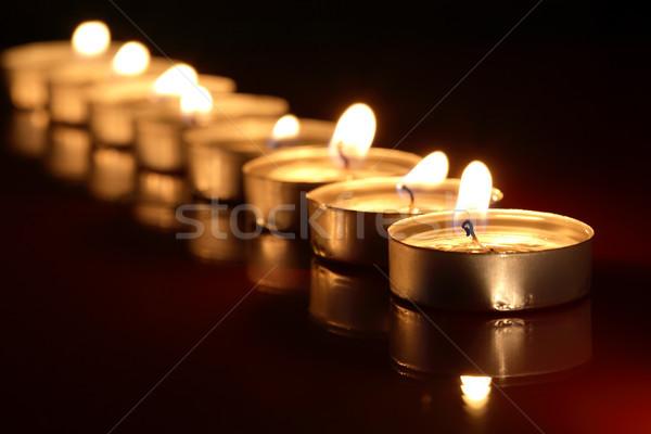 Foto stock: Velas · escuro · conjunto · iluminação · reflexão