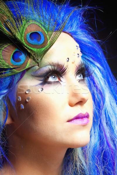 Nő kék paróka páva tollak portré Stock fotó © courtyardpix