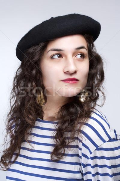 Nő francia stílus svájcisapka kalap csíkos Stock fotó © courtyardpix