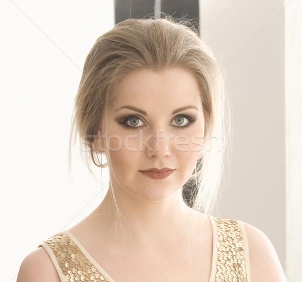 Fiatal nő gyönyörű smink természetes lány arc Stock fotó © courtyardpix