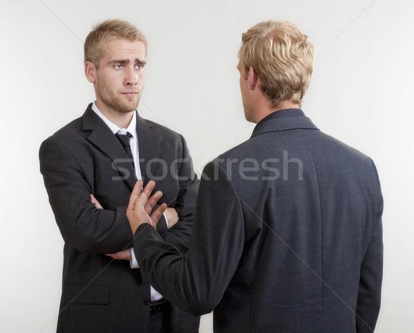 парней видео спор