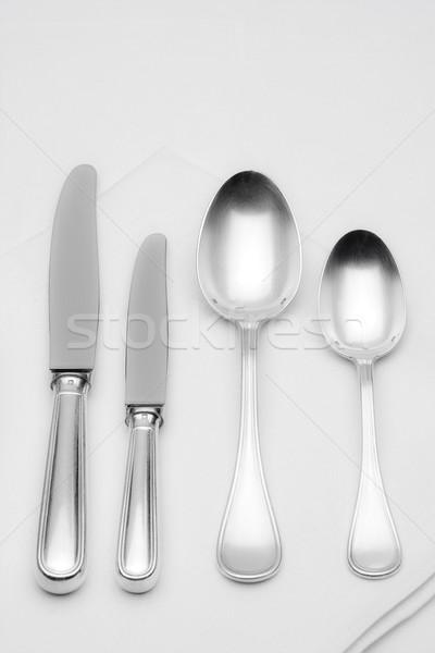 Argenterie élégante table blanche drap couteau Photo stock © courtyardpix